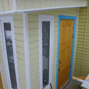 Дверь во внутренний двор